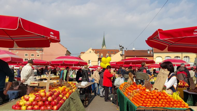 Zagreb'de Mutlaka