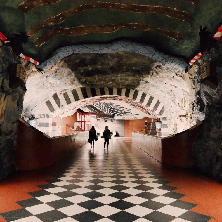 Metro Durakları | Kungsträdgården Durağı