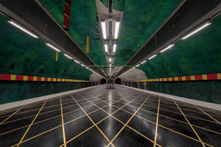 Metro Durakları | Huvudsta Durağı
