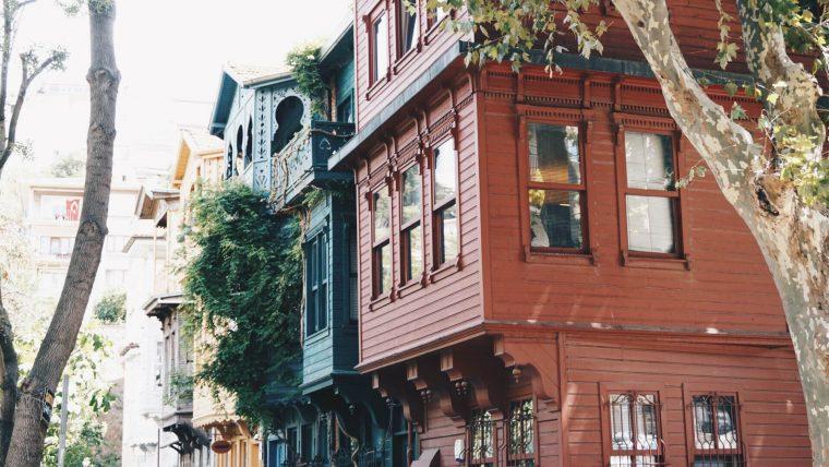 Kuzguncuk: İstanbul'un Değişmeyen Semti