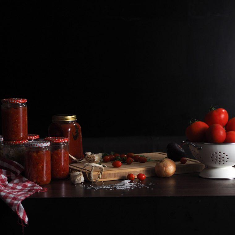 Kışa Hazırlık: Domates Sosu Nasıl Yapılır?
