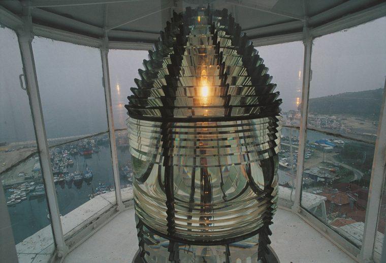 Yalnızlığın Işıkları Deniz Fenerleri | Rumeli Feneri - İstanbul