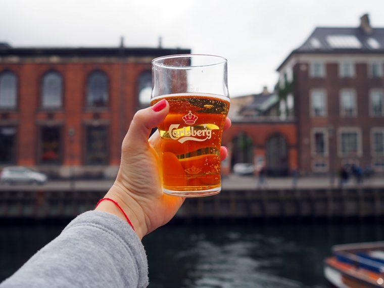 Kopenhag Gezilecek Yerler: Nyhavn'da Bira & Patates