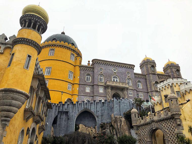 Pena Sarayı: Rengârenk Bir İhtişam