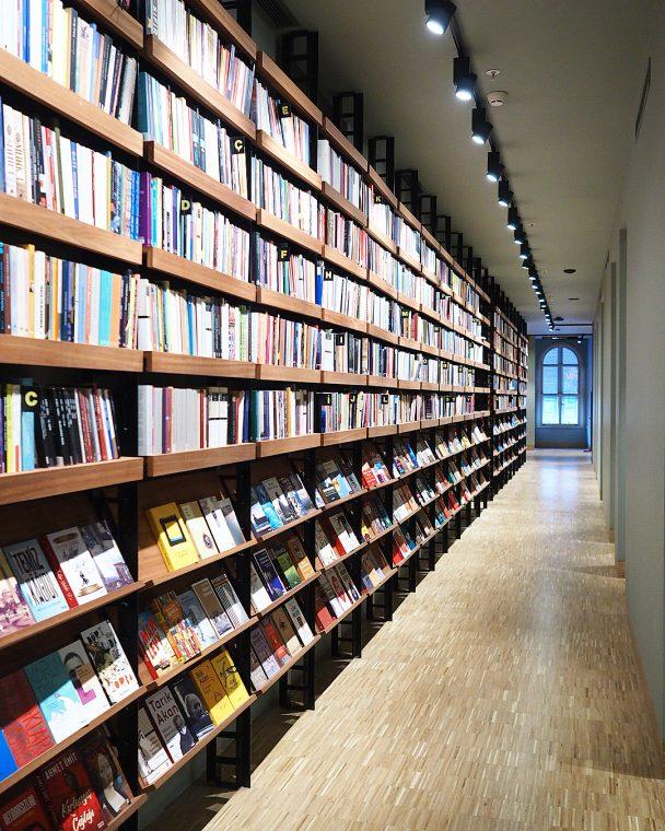 İstanbul Kitapçılar Listesi   Robinson Crusoe