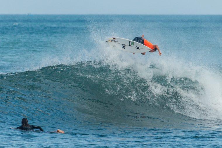 Dünyanın En İyi Dalga Sörfü Noktaları | Echo Beach