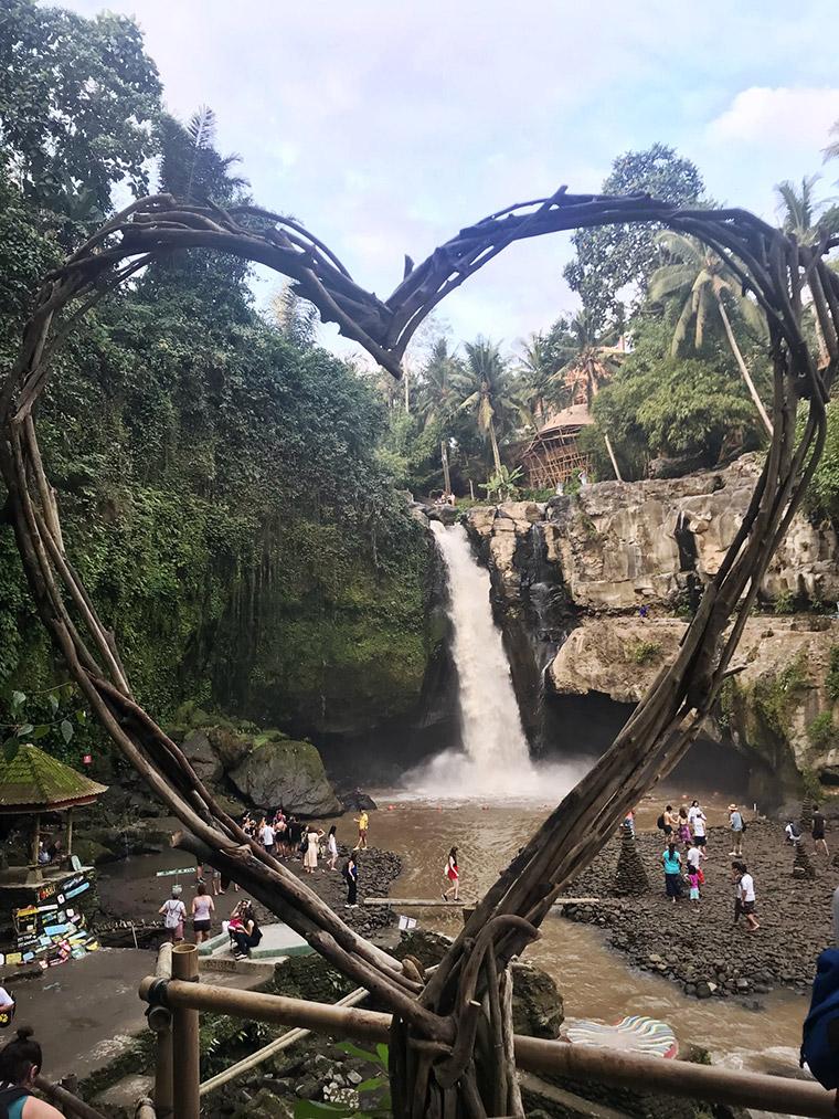 Bali Adası - Tegenungan Şelalesi