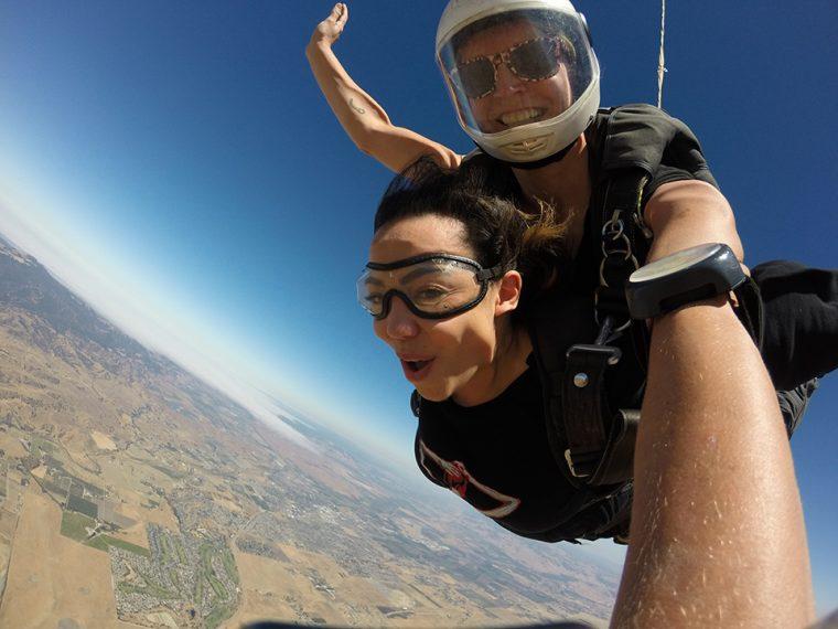 Skydiving: Adrenalin Dolu Ekstrem Spor