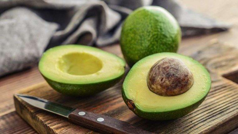 Tropik Meyveler: Antioksidan Kaynağı Görsel Şölen | Avokado