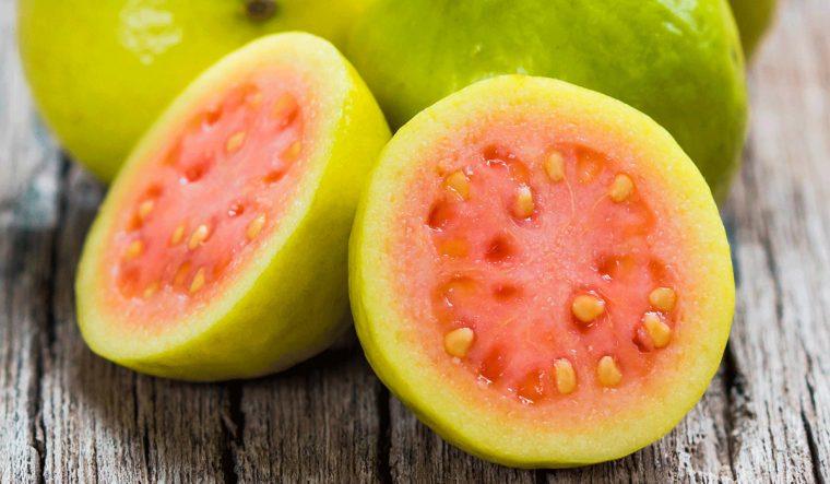 Tropik Meyveler: Antioksidan Kaynağı Görsel Şölen | Guava