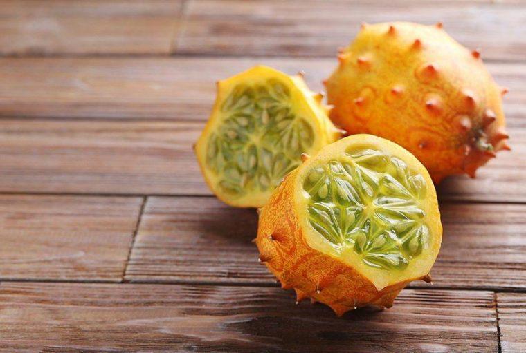 Tropik Meyveler: Antioksidan Kaynağı Görsel Şölen | Kiwano
