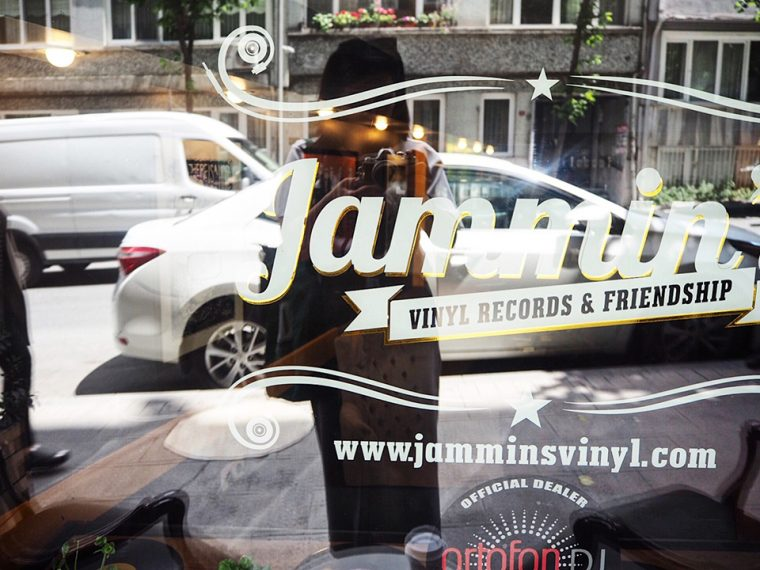 Kurtuluş, Eski Adıyla Tatavla'nın Lezzet Durakları | Jammin's Vinyl Records