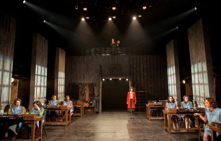 Bir Peri Masalı Radyum Kızları Tiyatrosu