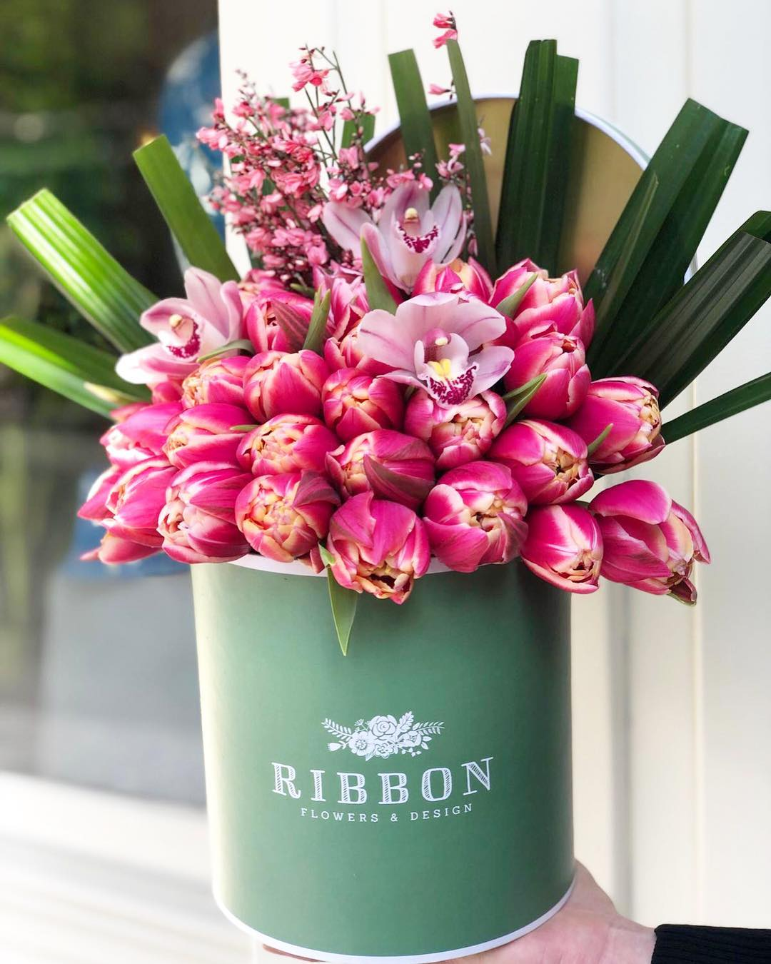 RIBBON Flowers & Design