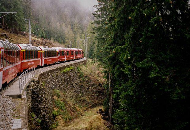 Bernina Treni: Alp Dağlarına Tırmanmanın En Karlı Yolu
