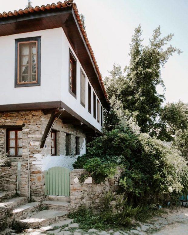 Sonbaharın Tadını Çıkarabileceğiniz Butik Oteller | Nişanyan Hotel, İzmir